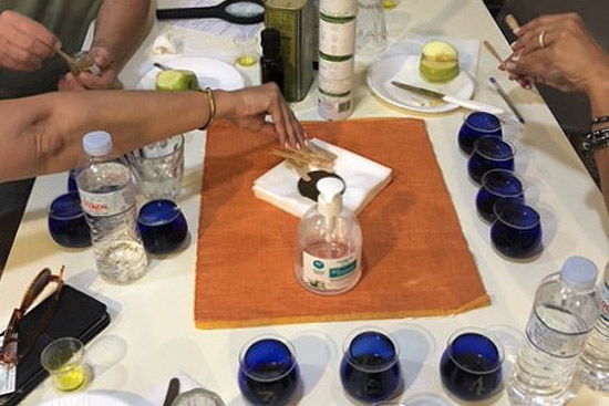 Traditional Food tour & Olive oil tasting in Kalamata